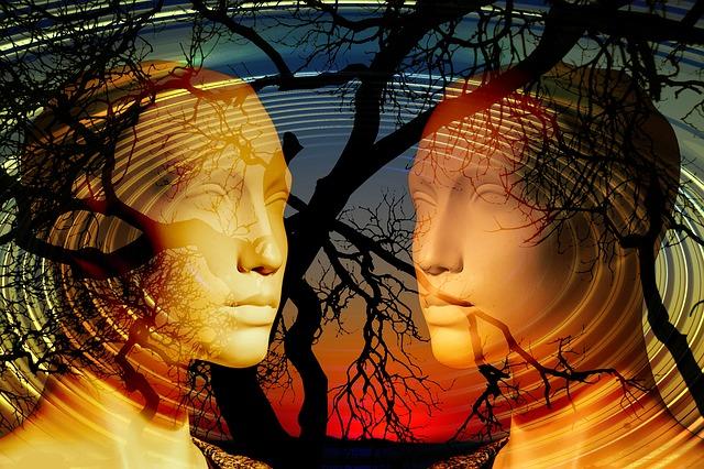 tváře a stromy