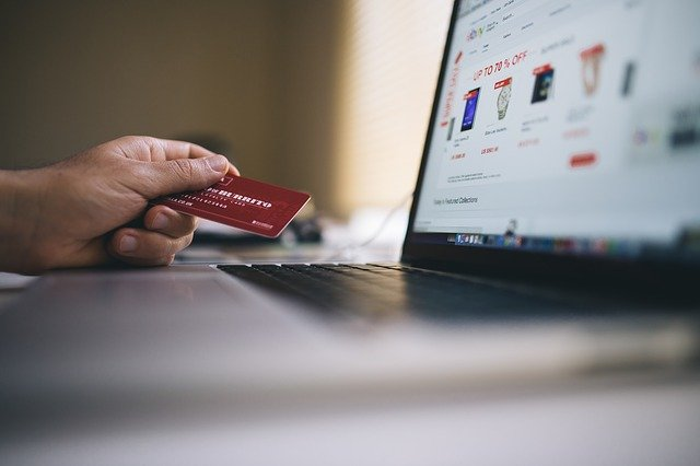nadbytečné nakupování online